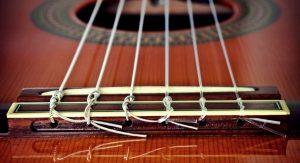 struny nylonowe - gitara klasyczna a akustyczna