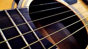 struny metalowe - gitara klasyczna czy akustyczna